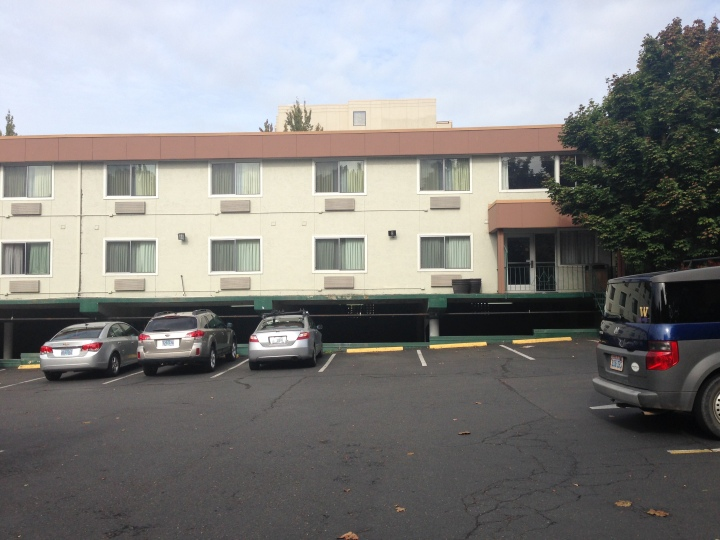 Victoria: The unbelievably depressing hotel (Quality Inn) where Leo and I are staying for a fencing tournament in Portland, OR this weekend.